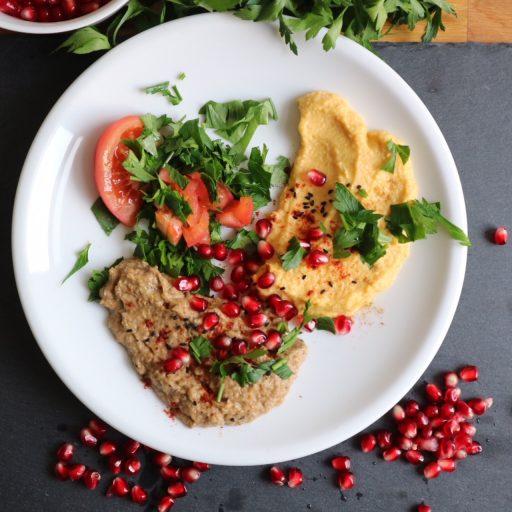 Baba Ghanoush und Hummus Serviervorschlag